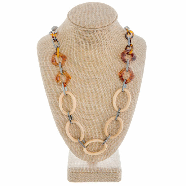 """Long beaded and chain linked necklace. Approximate 28"""" in length."""