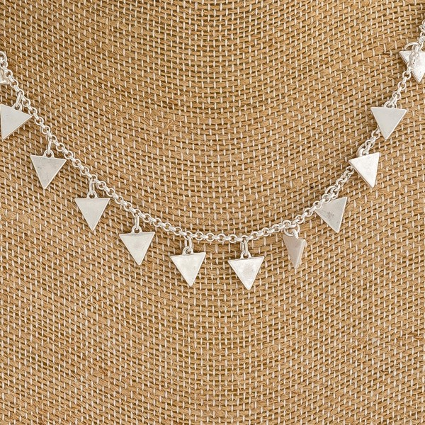 """Triangle accented rolo chain necklace. Approximately 16"""" in length."""