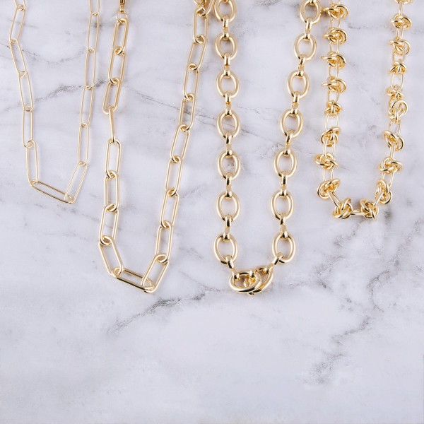 """Chunky gold cable chain necklace.  - Approximately 14"""" in length with 3"""" extender"""