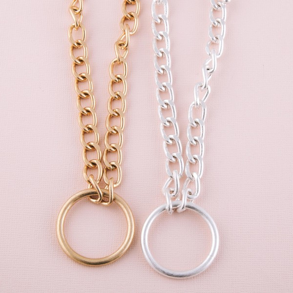 """Chunky curb link open disc necklace.  - Pendant approximately 1.5"""" in diameter - Approximately 16"""" L  - 3"""" extender"""