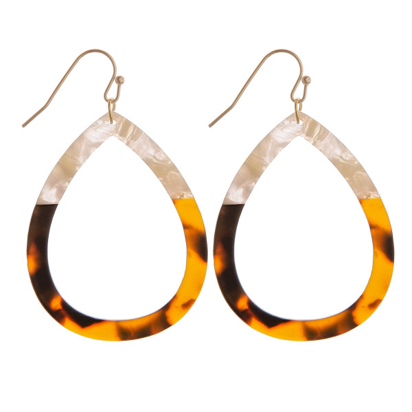 Fish hook short acetate drop earring. Approximate 1.5.