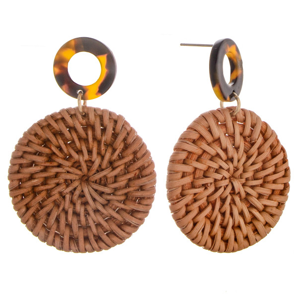 Long woven raffia disc earrings with acetate details. Approximately 2.5 in length.
