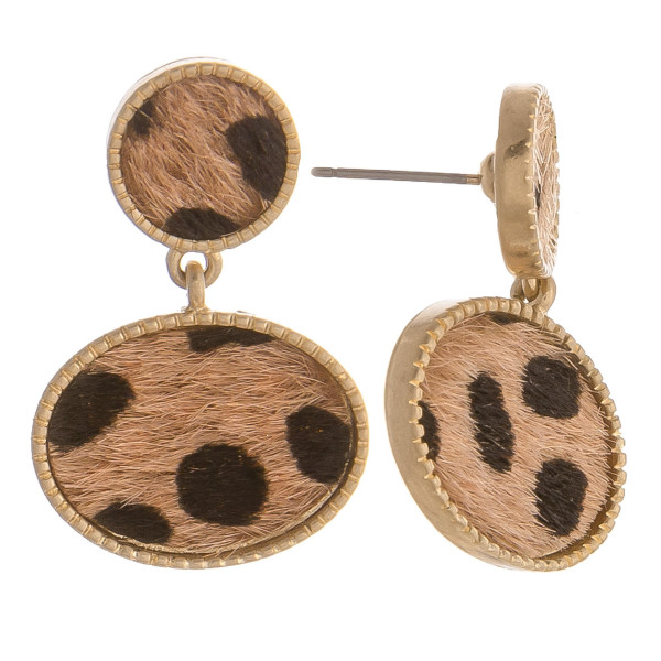 "Gorgeous animal print short earrings. Approximate 1"" in length."