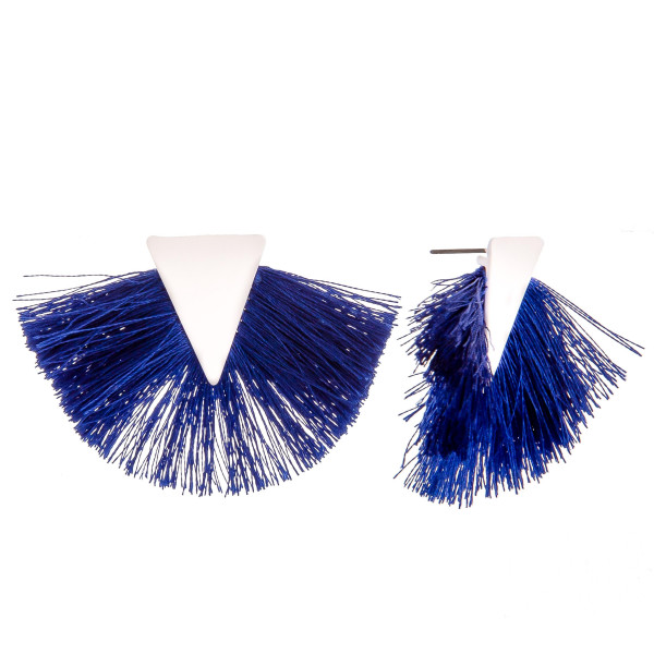 Short fanned earrings with triangle detail. Approximate 1.5 in diameter.