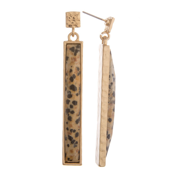 """Metal earring with bar stone. Approximate 2"""" in length."""