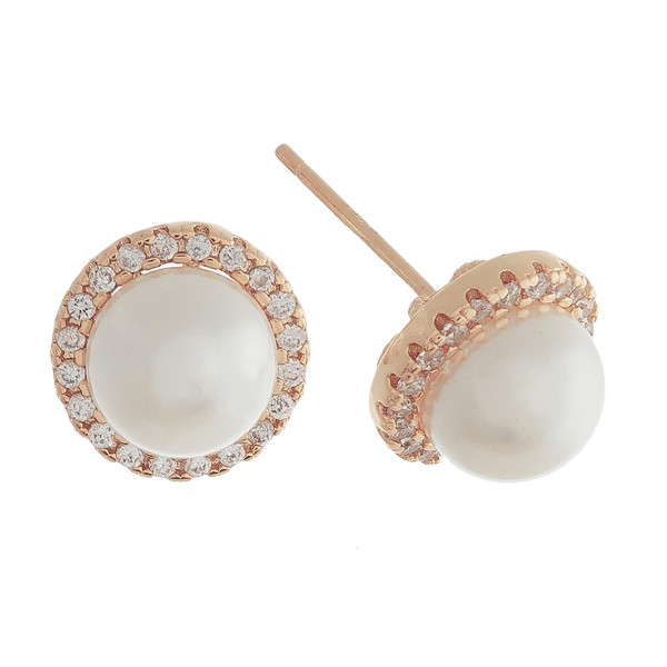Stud short earrings with rhinestone and pearl details. Approximate 1cm in length.