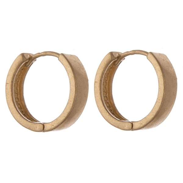 Wholesale dainty gold stud huggie hoop earring set Stud mm diameter Hoop diamete