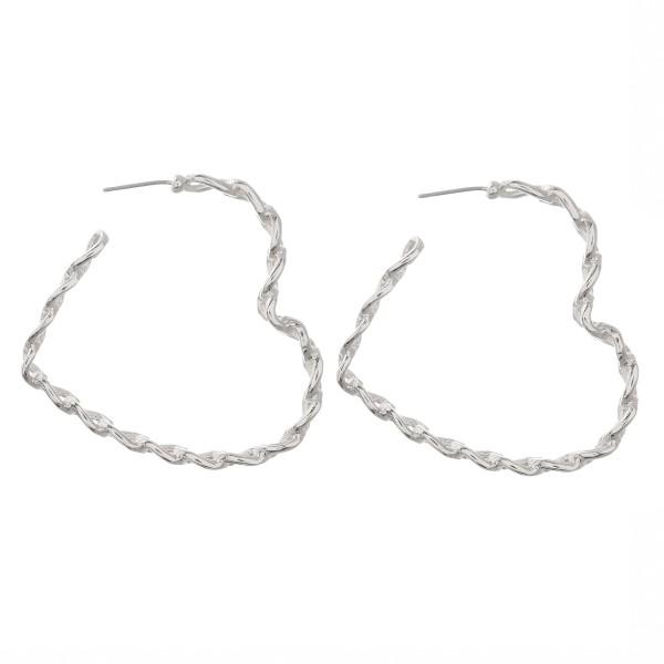 "Metal chain link heart hoop earrings.  - Approximately 2"""