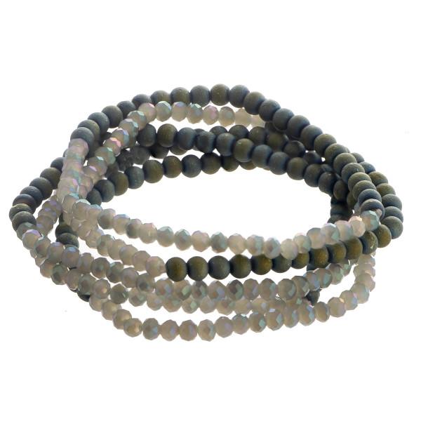 Stone beaded bracelet. Approximate 6 in length.