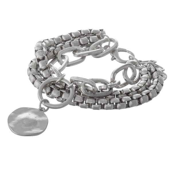 """Chunky box chain link hammered charm bracelet.  - Lobster clasp - Adjustable 1"""" extender - Approximately 3"""" in diameter - Fits up to an 8"""" wrist"""