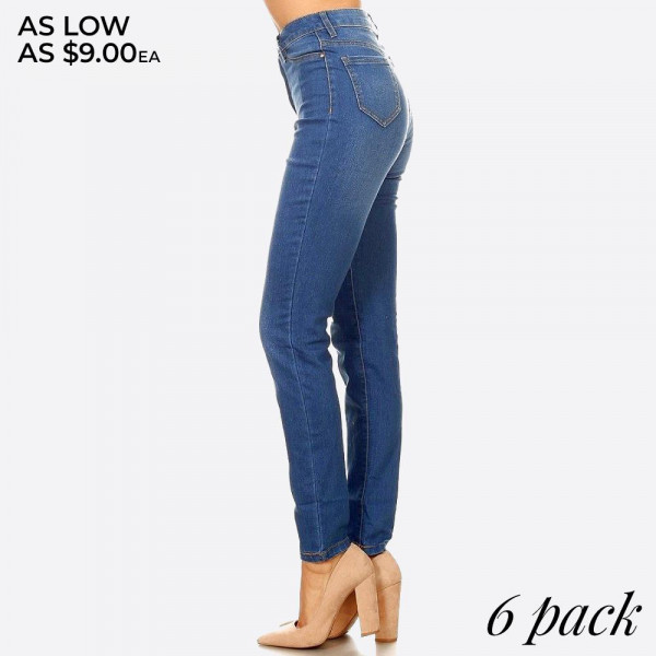 Denim skinny jeans in a fitted style, with a button/zipper closure, pockets.  Composition: 76% Cotton, 22% Polyester, 2% Spandex  Pack Breakdown: 6pcs/pack. 1S 2M 2L 1XL
