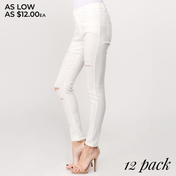 "Super stretchy, white distressed pants featuring button on closure. Inseam approximately 29"".  - Pack Breakdown: 12pcs / pack  - Sizes: 2-S / 2-M / 3-L / 3-XL / 2-2XL  - Composition: 65% Cotton, 35% Spandex"