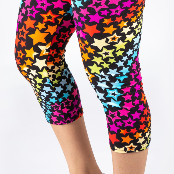 "New Mix printed peach skin leggings are seamless, chic, and a must-have for every wardrobe. These lightweight, full-length leggings have a 1"" waistband. They are versatile, perfect for layering, and available in many unique prints. 92% Polyester 8% Spandex. One size fits most, fits US women's Fits most 16-20."