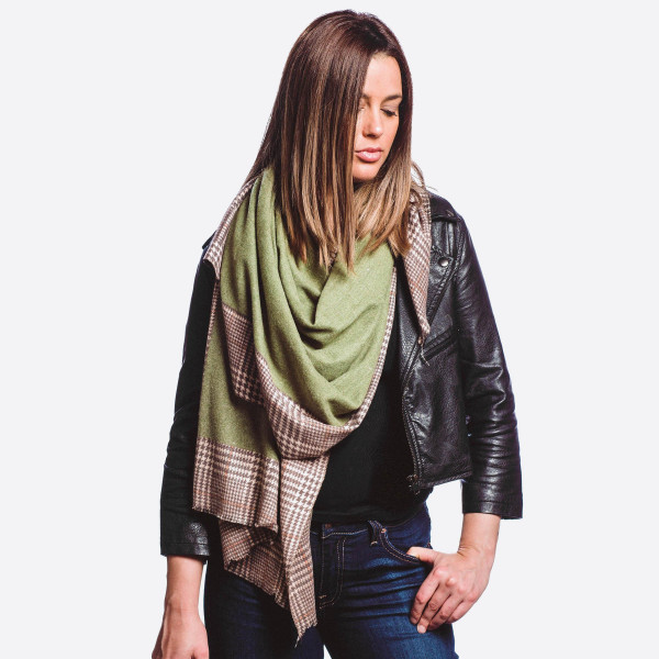 "Solid color oblong scarf with houndstooth border.  - Approximately 72"" L  x 29"" W  - 80% Cotton, 20% Cashmere"