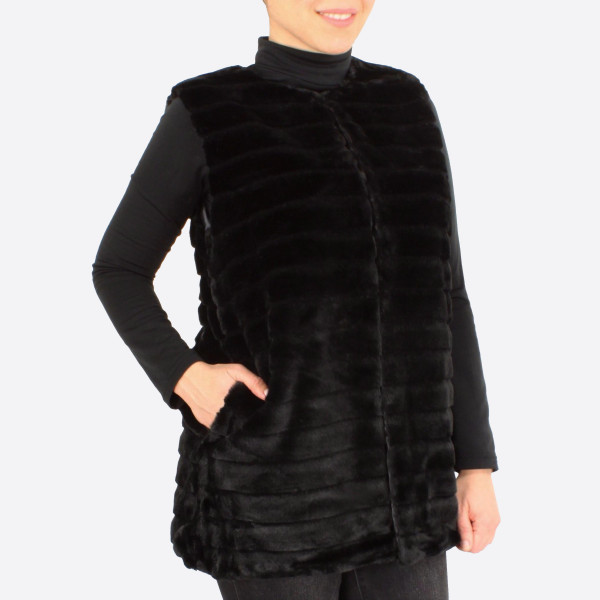 "Stripe texture faux fur vest with pocket details.  - One size fits most 0-14 - Approximately 28"" in length - 100% Polyester"