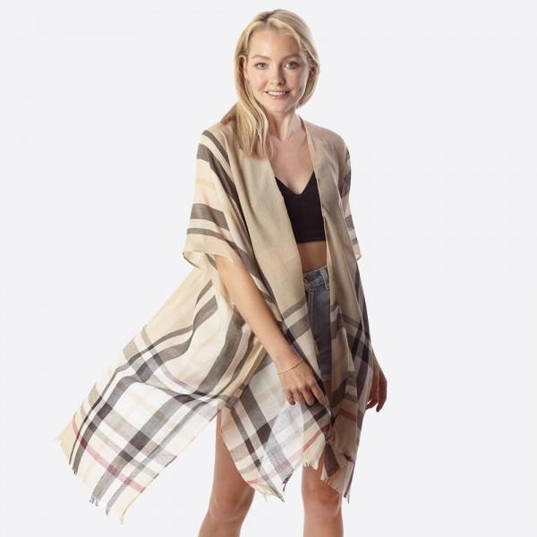 Wholesale women s lightweight sheer Beige enlarged plaid print fringe kimono One