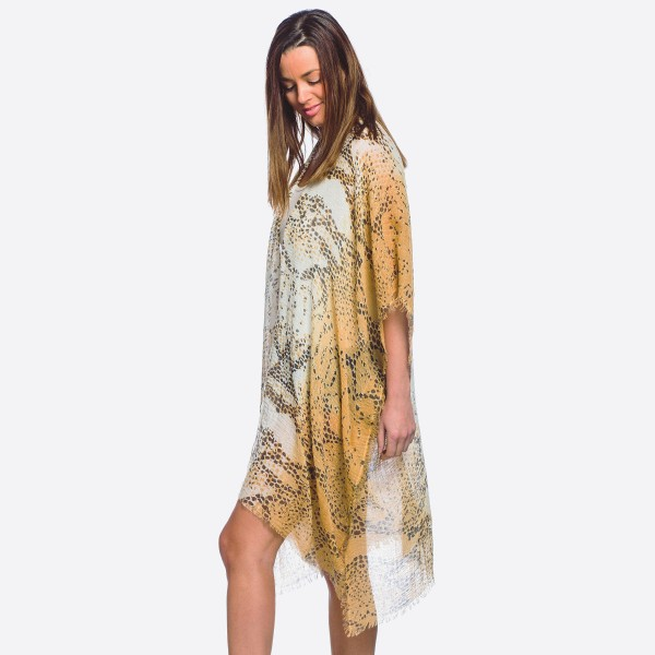 Wholesale women s lightweight snakeskin kimono One fits most L Polyester