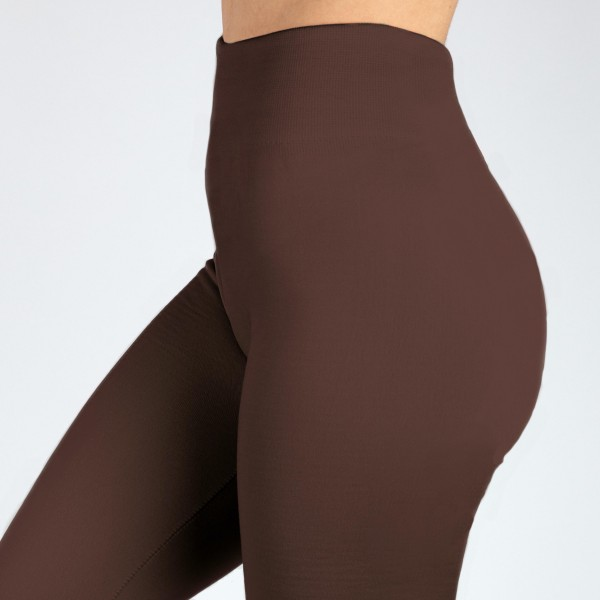 PLUS SIZE - New Mix brown, summer-weight capris are seamless, chic, and a must-have for every wardrobe. These lightweight, interchangeable styles are versatile, perfect for layering, and available in many shades. Smooth fabric, 92% Nylon 8% Spandex. One size, fits US women's 16-20.