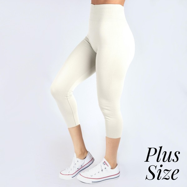 Wholesale pLUS Kathy Mix white summer weight capris seamless chic must have ever