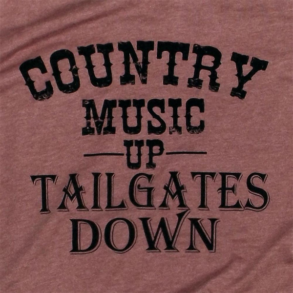 COUNTRY MUSIC - Short Sleeve Boutique Graphic Tee. These t-shirts are sold in a 6 pack. S:1 M:2 L:2 XL:1 35% Cotton 65% Polyester Brand: Canvas
