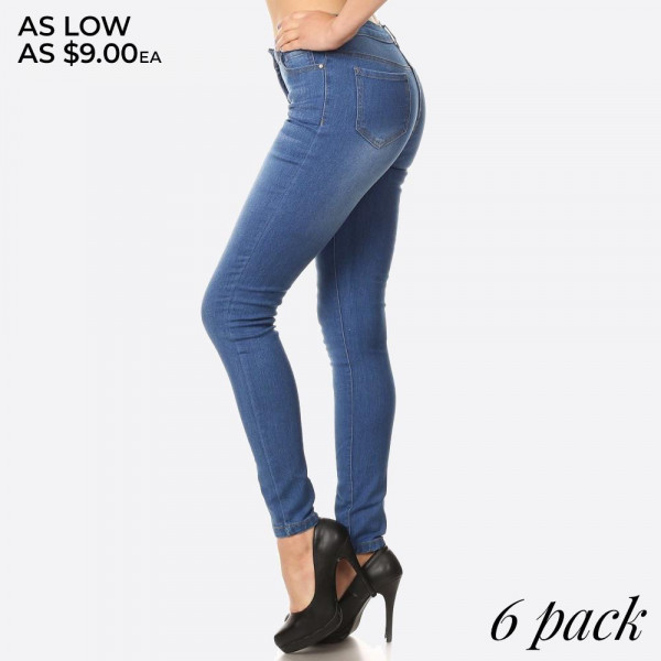 Denim skinny jeans in a fitted style, with a button/zipper closure, pockets, and contrast stitching.