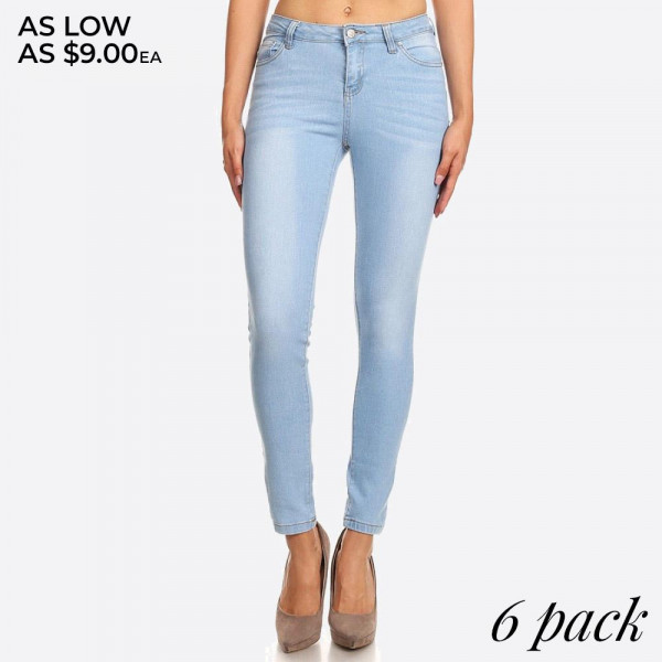 Denim skinny jeans in a fitted style, with a button/zipper closure, pockets, and contrast stitching.  Composition: 76% Cotton, 22% Polyester, 2% Spandex  Pack Breakdown: 6pcs/pack. 2S: 2M: 2L