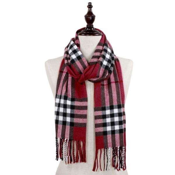 Plaid oblong scarf with fringe. 100% acrylic.