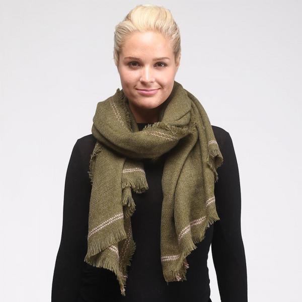 Solid oversized scarf. 100% acrylic.