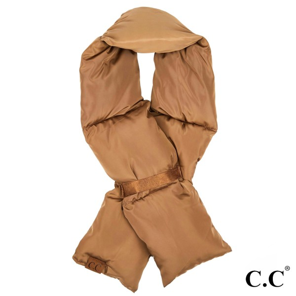 SF-1739: CC padding scarf. 60% polyester and 40% acrylic.