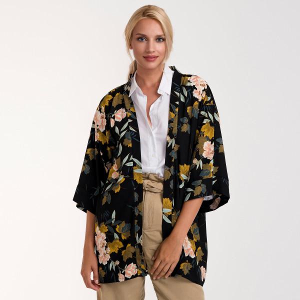 """Oriental floral print kimono. 100% polyester. L: 33.4"""" x W: 25.5"""""""