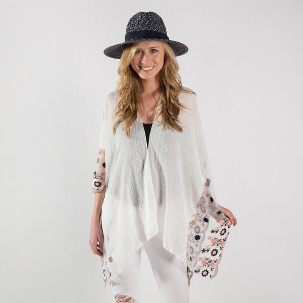 Floral embroidery kimono. 30%cotton 70%polyester
