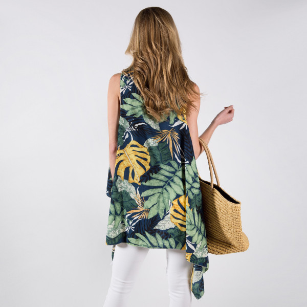 Floral print lightweight vest. One size fits most 0-14. 80% cotton, 20% polyester.