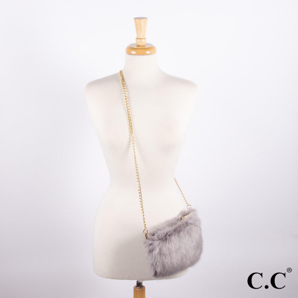 """BG-801: Faux fur C.C purse with gold tone chain. Approximately 9"""" x 6"""""""