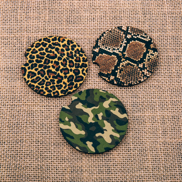 """Leopard print car coaster. Approximately 2"""" in diameter.  - Pack Breakdown: 2pcs / 1 pack - Condensation absorbing stoneware - Finger slot for easy removal"""