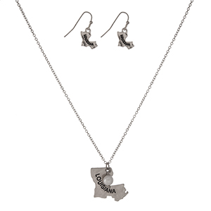 """Dainty silver tone necklace set with a pendant in the shape of Louisiana, accented with a pearl bead and matching fishhook earrings. Approximately 18"""" in length."""