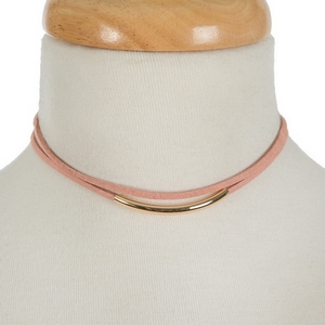 """Mauve pink faux suede choker set featuring a gold tone bar and matching stud earrings. Approximately 12"""" in length."""