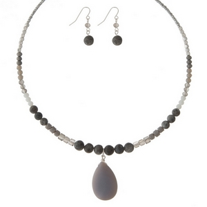 """Silver tone memory wire choker set featuring gray and labradorite natural stones and matching fishhook earrings. Approximately 6"""" in diameter."""