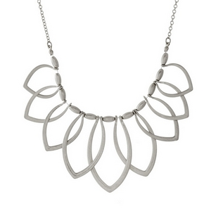 "Short, metal necklace with open oval shaped pendants. Approximately 16"" in length."