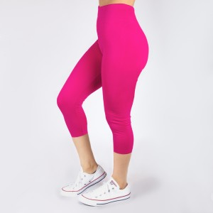 New Kathy / New Mix fuchsia, summer-weight capris are seamless, chic, and a must-have for every wardrobe. These lightweight, interchangeable styles are versatile, perfect for layering, and available in many shades. Smooth fabric, 92% Nylon 8% Spandex. One size fits most, fits US women's 0-14.