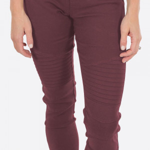 """Mauve Moto Jeggings with faux front pockets and real back pockets. 65% polyester, 30% cotton, and 5% spandex. 28"""" inseam. Sold in packs of six - three S/M and three L/XL. Approximate fit in U.S. sizes: S/M 4-8 & L/XL 10-14"""