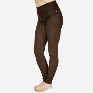 "Premium brown denim back pocket ankle jeggings made of premium stretch denim material   Features back pockets embellished with studs detail. One size fits most dress size 0-14. Approx 30"" inseam. 75% Cotton, 17% Polyester, 8% Spandex."