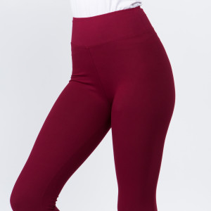 "These New Mix Brand peach skin leggings are seamless, chic, and a must-have for every wardrobe. These lightweight, full-length leggings have a 3"" waistband. They are versatile, perfect for layering, and available in many colors. 92% Polyester 8% Spandex. One size fits most, fits US women's 0-14."