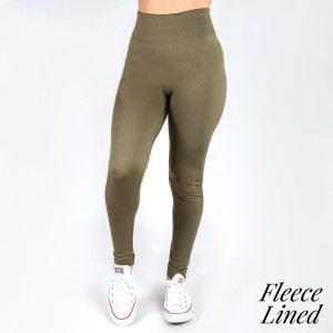 New Kathy / New Mix olive, fleece lined leggings are seamless, chic, and a must-have for every wardrobe. These cozy, full-length leggings are versatile, perfect for layering, and available in many shades. Smooth fabric, 92% Nylon 8% Spandex. One size fits most, fits US women's 0-14.