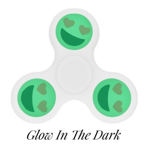 White Glow in the Dark fidget spinner featuring a smiling face with heart shaped eyes emoji. Allows you to spin stress away, and can even help some people focus! Ceramic ball bearings allow for long spin times.