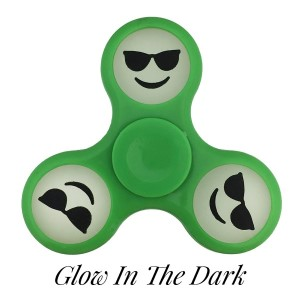 Green Glow in the Dark fidget spinner featuring a smiley face emoji with shades. Allows you to spin stress away, and can even help some people focus! Ceramic ball bearings allow for long spin times.
