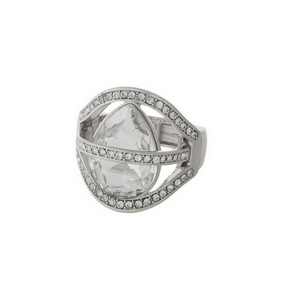 Silver tone stretch ring with clear rhinestones.