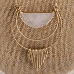 Wholesale long metal necklace clear natural stone pendant gold tassel accents Pe